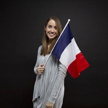 フランス語の挨拶の基本を学ぼう!旅行で使えるフレーズの表現や発音も!