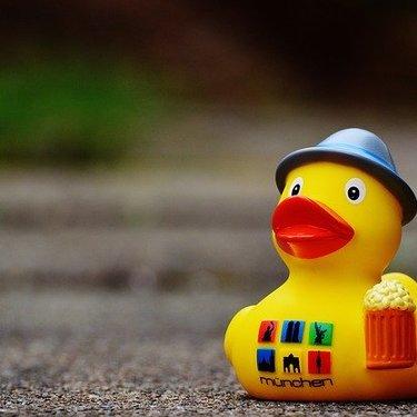 お風呂用の人気おもちゃ21選!対象年齢別におすすめ商品を厳選して紹介!