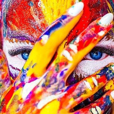 色彩感覚診断で優れているのかが分かる!簡単にチェックできるサイトも紹介!