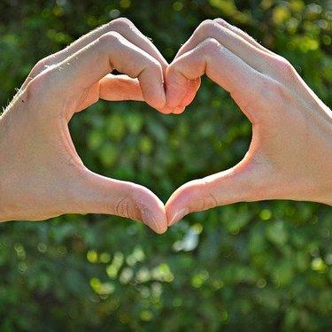 好きな人へのLINEのきっかけ21選!話題の選び方や恋愛成就のテクも!