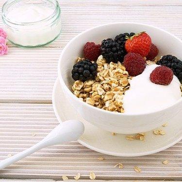 ヨーグルトは冷凍保存する方法!美味しい状態を保つコツや解凍方法も!