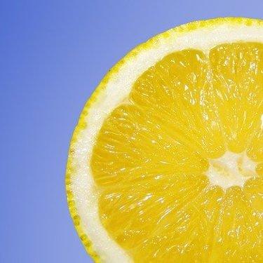 レモン果汁のおすすめ11選!ドリンクやドレッシングなどタイプもいろいろ!