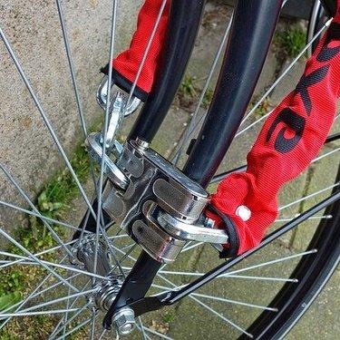 クロスバイク用の鍵11選!盗難防止のおすすめ商品と防犯対策などチェック!