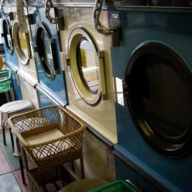 毛布を洗濯機で洗う方法は?洗い方のポイントから干し方まで解説!
