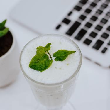 ヨーグルト酒おすすめ11選!リキュールなどカクテルにできる種類も!