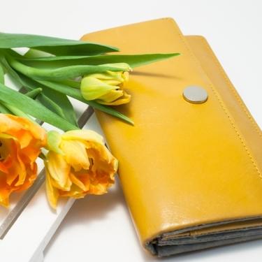 金運を上げる財布の色とは?風水で見つける開運財布の選び方をレクチャー!