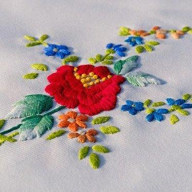 刺繍の簡単なやり方を初心者にもわかりやすく解説!基本の刺し方とは?