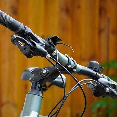 クロスバイク用の人気グリップ17選!デザインと性能が優れた商品を厳選!