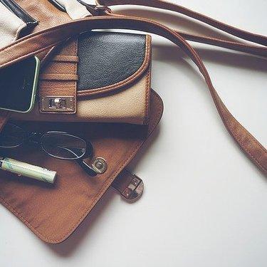 財布の種類をまとめて紹介!形やサイズごとの特徴やメリットもチェック!