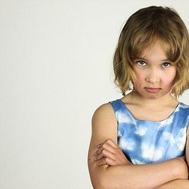嘘をつく人の特徴と心理とは?虚言癖の人との上手な付き合い方や対処法を調査!