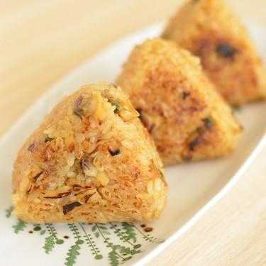 玄米おにぎりが崩れないようにするコツは?おすすめの具などレシピを紹介!