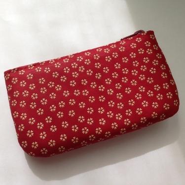 赤の財布は風水的にどういう意味がある?運気や金運への効果をリサーチ!