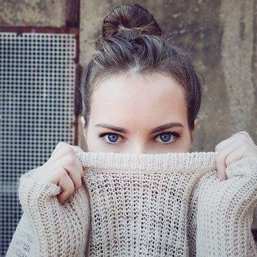 泣きぼくろの意味や性格まとめ!右目・左目・両目など位置によって違う?