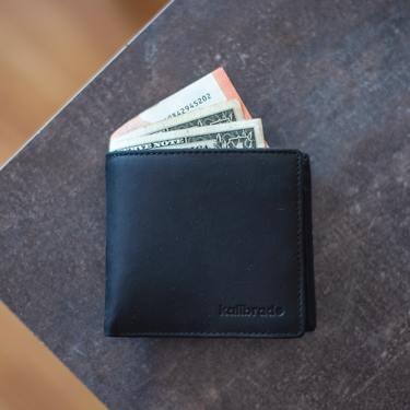 薄い財布21選!コンパクトで使いやすい人気商品とブランドを厳選して紹介!