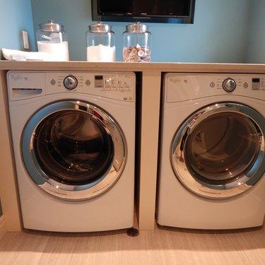 洗濯機の電気代は平均いくら?乾燥機を使う場合の料金や節約するコツも調査!