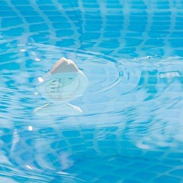 プールの塩素は安全?危険なく扱うための知識や注意点をチェック!