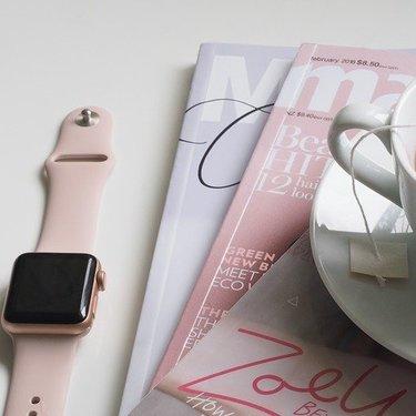ウォッチスタンドのおすすめ9選!腕時計をおしゃれかつ安全に保管できる商品も!