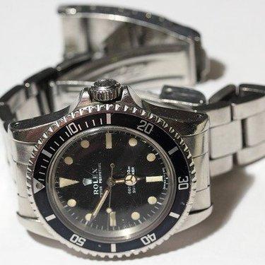 防水の腕時計おすすめ17選!アウトドア向けのおしゃれな人気ブランドも!