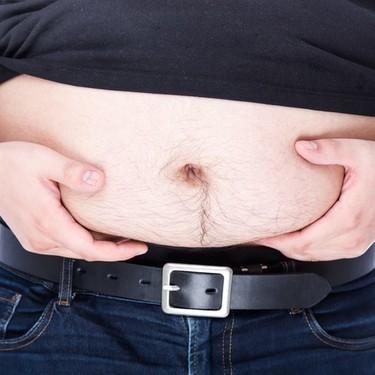 三段腹になってしまう原因・解消法まとめ!姿勢や食事の見直しで改善できる?