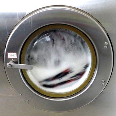 コインランドリーの所用時間ガイド!洗濯や乾燥など段階別に目安をチェック!