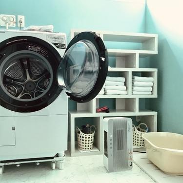 レーヨン素材の正しい洗濯方法!自宅で手洗いする際の注意や乾燥のコツも!