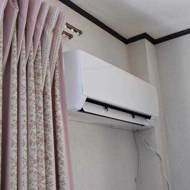 エアコンからポコポコ音がするのは原因は?原因や簡単な対策方法をチェック!