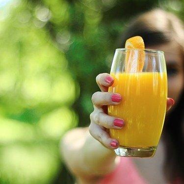 クレンズダイエットのやり方・効果を徹底調査!ジュースを飲むだけで痩せる?