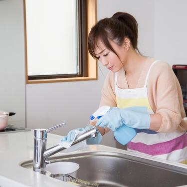 シンクの水垢をキレイに!おすすめの落とし方や掃除方法を詳しく紹介!