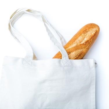 ニトリのトートバッグが人気の理由は?マルチポケット付きの便利な商品も!