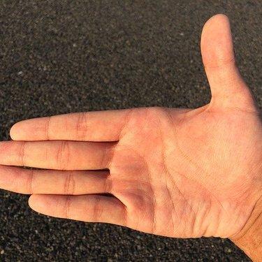変形ますかけ線の特徴・種類まとめ!両手・右手・左手で意味合いが違う?