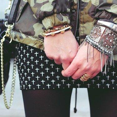 タイトスカートの秋冬コーデ特集!大人女子のおしゃれ可愛いファッションまとめ