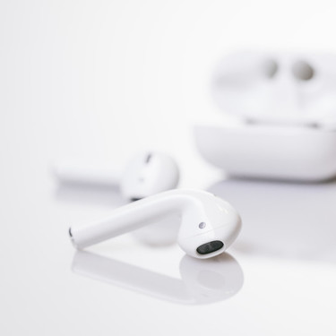 「AirPods Pro」はAndroidで使える?対応機種や接続方法を解説
