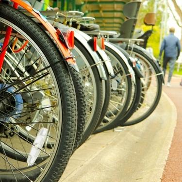 自転車スタンドをDIYで自作しよう!簡単でおしゃれなアイデアや作り方を伝授!