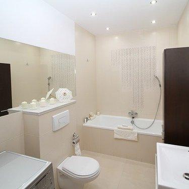 トイレをDIYでリフォームしよう!簡単なやり方や費用を具体的に紹介!