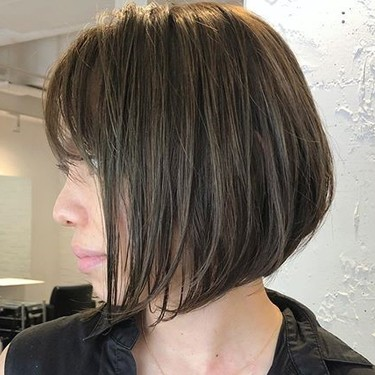 グラデーションカットってどんな髪型?女性らしいソフトな印象のおすすめヘア!