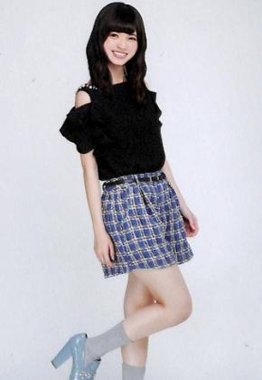 チェックのスカートが可愛い齋藤飛鳥さん