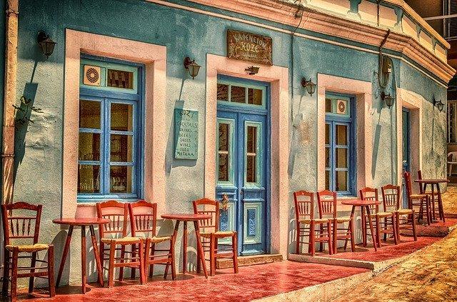 「喫茶店」と「カフェ」の違いとは?意味や使い方を解説!