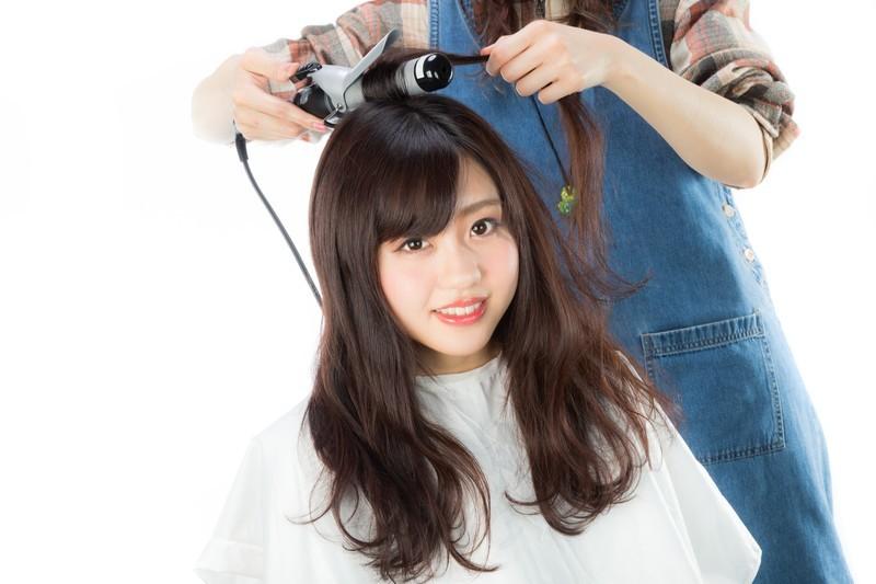 「美容師」と「理容師」の違いとは?意味や使い方を解説!