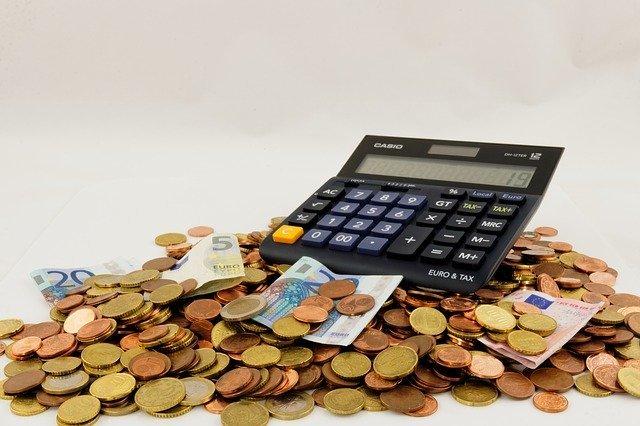 「節約」と「倹約」の違いとは?意味や使い方を解説!