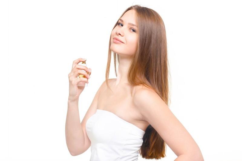 「香水」と「オードトワレ」と「オーデコロン」の違いとは?意味や使い方を解説!