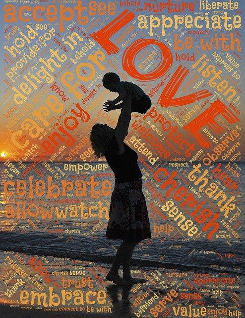 「慈しむ」の意味とは?意味や使い方を解説!