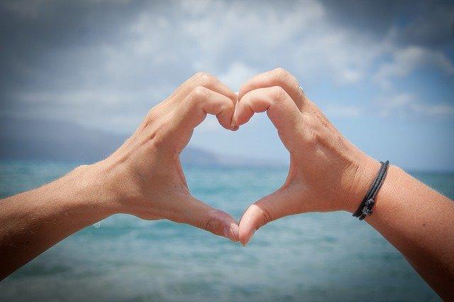 「恋煩い」の意味とは?意味や使い方を解説!