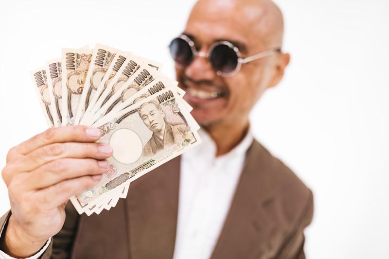 「金は天下の回り物」の意味とは?意味や使い方を解説!
