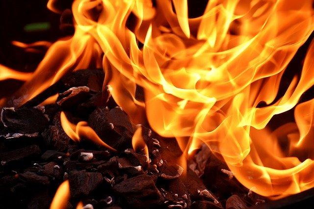 「心頭を滅却すれば火もまた涼し」の意味とは?意味や使い方を解説!