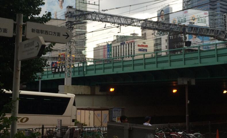 西武新宿駅からの詳しい道順2