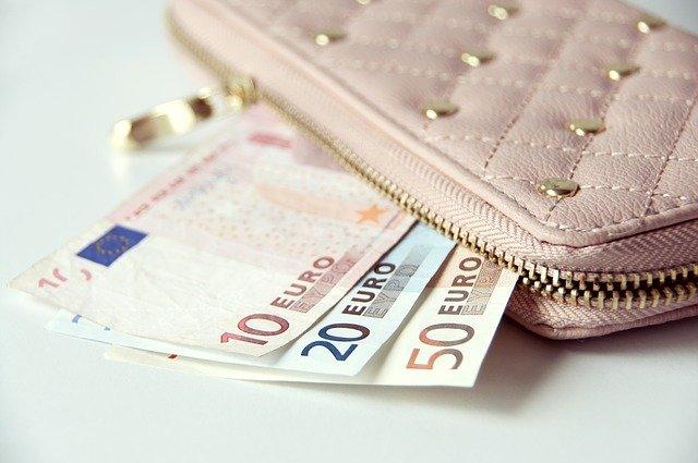 【風水】財布の選び方!使い始めにチェック!色や素材はこれがいい!