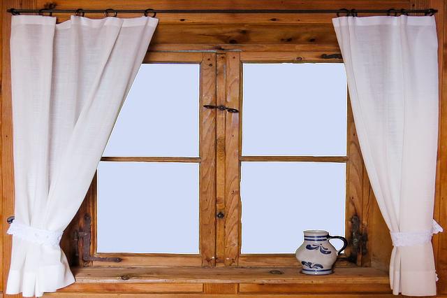 風水でのカーテンの選び方!リビングや寝室の運気をアップさせよう!