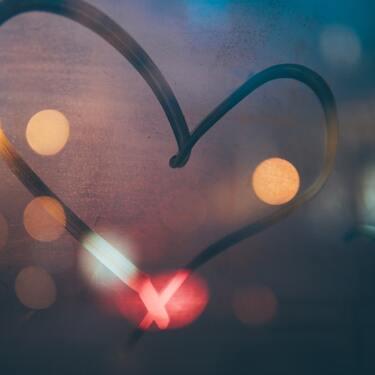 ツインレイは真実の愛?ツインレイと愛し合うと幸せ?