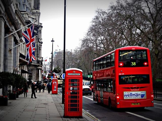 ロンドンバスでイギリスのイメージです。