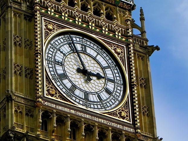 イギリスらしい時計といえばビッグベンのイメージです。